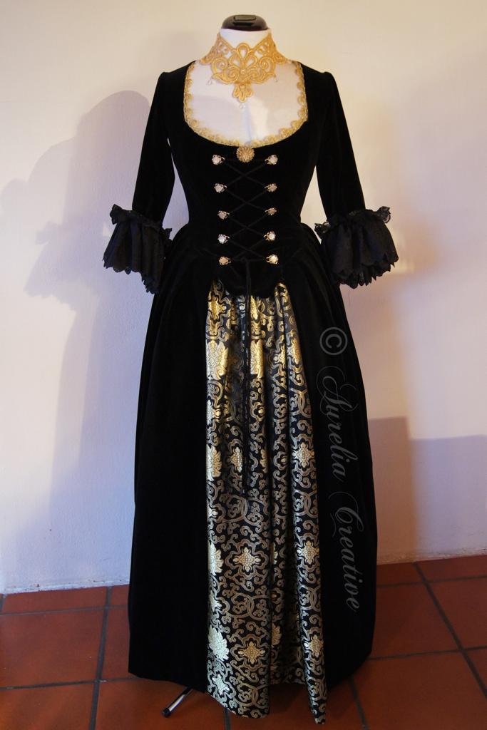 Black Velvet – Fertiges Kleid
