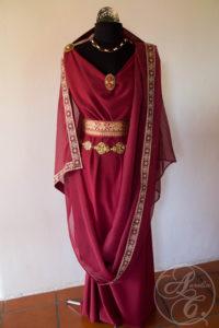 Aurelia Creative römisches Larp Gewandung Antike Vestalin
