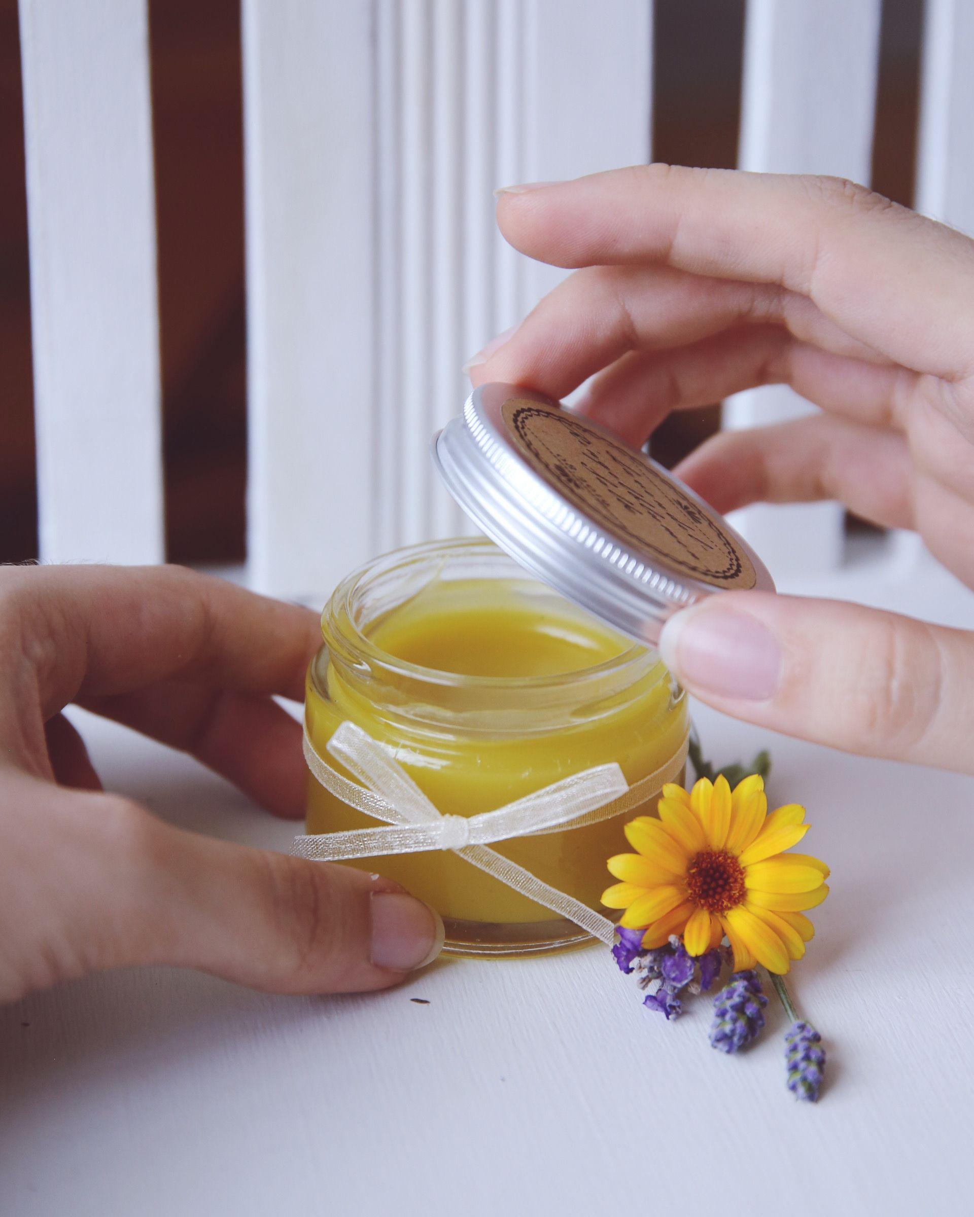 Lavendel-Ringelblumensalbe selbst gemacht